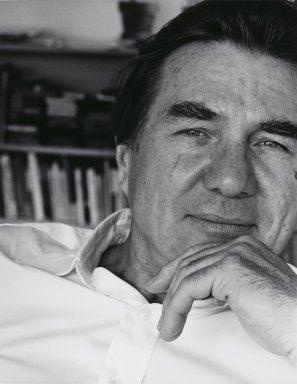Arthur Mones (American, 1919-1998). <em>Galway Kinnell</em>, 1982. Gelatin silver photograph, image:  13 1/2 x 10 1/2 in.  (34.3 x 26.7 cm);. Brooklyn Museum, Gift of Wayne and Stephanie Mones at the request of their father, Arthur Mones, 2000.89.6. © artist or artist's estate (Photo: Brooklyn Museum, 2000.89.6_PS4.jpg)