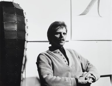Arthur Mones (American, 1919-1998). <em>Loren Madsen</em>, 1988. Gelatin silver photograph, image:  10 1/2 x 13 1/2 in.  (26.7 x 34.3 cm);. Brooklyn Museum, Gift of Wayne and Stephanie Mones at the request of their father, Arthur Mones, 2000.89.81. © artist or artist's estate (Photo: Brooklyn Museum, 2000.89.81_PS4.jpg)