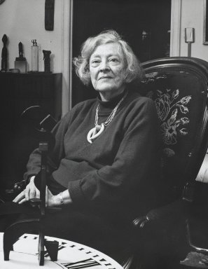 Arthur Mones (American, 1919-1998). <em>Dorothy Dehner</em>, 1992. Gelatin silver photograph, mat: 16 x 20 in.  (40.6 x 50.8 cm). Brooklyn Museum, Gift of Wayne and Stephanie Mones at the request of their father, Arthur Mones, 2000.89.95. © artist or artist's estate (Photo: Brooklyn Museum, 2000.89.95_PS4.jpg)