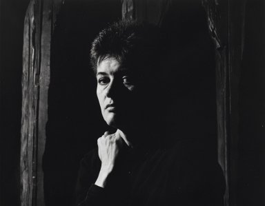 Arthur Mones (American, 1919-1998). <em>Ursula von Rydingsvard</em>. Gelatin silver photograph, 10 1/2 x 13 3/8 in. Brooklyn Museum, Gift of Wayne and Stephanie Mones at the request of their father, Arthur Mones, 2001.76.3. © artist or artist's estate (Photo: Brooklyn Museum, 2001.76.3_PS4.jpg)