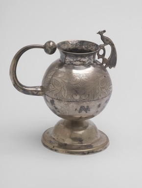 <em>Mate Cup</em>, late 19th century. Silver, 4 5/16 x 3 7/8 in. (10.9 x 9.9 cm). Brooklyn Museum, Gift of Mary Ann Krotzer, 2003.50.3. Creative Commons-BY (Photo: Brooklyn Museum, 2003.50.3.jpg)