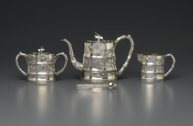 <em>Creamer, Part of Tea Set for Export</em>, 19th century. Silver, 8.6 x 13.4 cm. Brooklyn Museum, Gift of Dr. Alvin E. Friedman-Kien, 2004.112.16. Creative Commons-BY (Photo: Brooklyn Museum, 2004.112.14a-b_2004.112.15a-b_2004.112.16_2004.112.17_PS1.jpg)