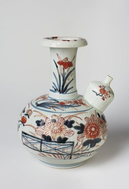 <em>Kendi Vase</em>, 18th century. Imari ware, porcelain with underglaze blue and overglaze enamel, 8 7/16 x 5 13/16 in. (21.5 x 14.8 cm). Brooklyn Museum, The Peggy N. and Roger G. Gerry Collection, 2004.28.167. Creative Commons-BY (Photo: Brooklyn Museum, 2004.28.167_view1_PS11.jpg)