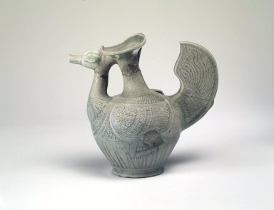 <em>Ewer</em>, 13th-15th century. Stoneware with celadon glaze, 8 1/2 x 5 5/8 in. (21.6 x 14.3 cm). Brooklyn Museum, The Peggy N. and Roger G. Gerry Collection, 2004.28.244. Creative Commons-BY (Photo: Brooklyn Museum, 2004.28.244.jpg)