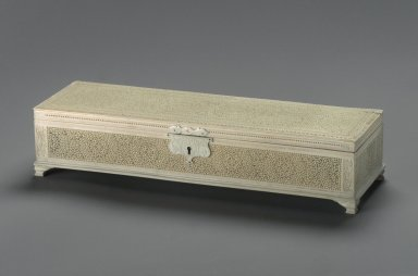 <em>Box</em>, mid-19th century. Ivory, 2 5/8 x 12 1/2 x 3 11/16 in. (6.7 x 31.8 x 9.4 cm). Brooklyn Museum, Gift of Subhash Kapoor, 2004.5. Creative Commons-BY (Photo: Brooklyn Museum, 2004.5_view1.jpg)