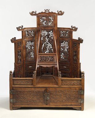 <em>Mirror Cabinet and Cosmetic Chest</em>, late 17th-early 18th century. Rosewood (Huang hua li), metal, 29 11/16 x 22 1/8 x 13 13/16 in. (75.4 x 56.2 x 35.1 cm). Brooklyn Museum, Purchase gift of the Charles Bloom Foundation, Inc. in memory of Mildred and Charles Bloom