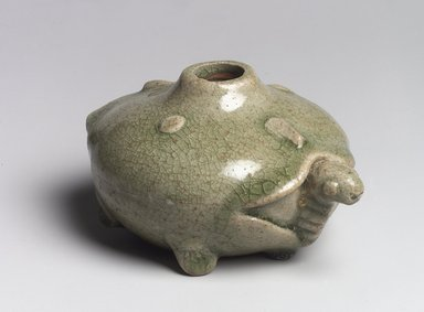 <em>Water Dropper</em>, 3rd-4th century. Stoneware with Yue ware green glaze, 2 1/4 x 4 3/4 x 3 3/4 in. (5.7 x 12.1 x 9.5 cm). Brooklyn Museum, Anonymous gift