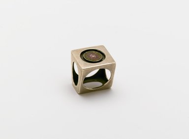 Art Smith (American, born Cuba, 1917-1982). <em>Circles in Cube Ring</em>, ca. 1960. Silver, tourmaline (elbaite) matrix, 1 1/4 x 1 1/8 x 1 3/16 in. (3.2 x 2.9 x 3 cm). Brooklyn Museum, Gift of Charles L. Russell, 2007.61.14. Creative Commons-BY (Photo: Brooklyn Museum, 2007.61.14_PS2.jpg)