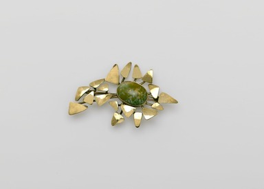 Art Smith (American, born Cuba, 1917-1982). <em>Autumn Leaves Brooch</em>, 1974. Gold, jade, 1/2 x 3 x 1 3/4 in. (1.3 x 7.6 x 4.4 cm). Brooklyn Museum, Gift of Charles L. Russell, 2007.61.19. Creative Commons-BY (Photo: Brooklyn Museum, 2007.61.19_PS2.jpg)