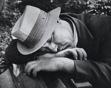 Nathan Lerner (American, 1913-1997). <em>[Untitled]</em>, ca. 1937, printed later. Gelatin silver photograph, Sheet: 8 x 10 in. (20.3 x 25.4 cm). Brooklyn Museum, Gift of Kiyoko Lerner, 2011.25.19. © artist or artist's estate (Photo: Brooklyn Museum, 2011.25.19_PS4.jpg)