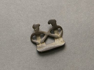 Senufo. <em>Divination Twin Figure</em>, early 20th century. Bronze, 13/16 x 7/8 x 1/16 in. (2.1 x 2.3 x 0.2 cm). Brooklyn Museum, Gift of Jerome Vogel, 2012.76.22. Creative Commons-BY (Photo: Brooklyn Museum, 2012.76.22_PS10.jpg)