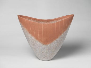 Shimizu Ichiji (Japanese, born 1961). <em>Vessel</em>, 2012. Stoneware with sprayed slip and applied gold overglaze, 15 x 18 x 9 in. (38.1 x 45.7 x 22.9 cm). Brooklyn Museum, Gift of the artist, 2015.51. © artist or artist's estate (Photo: , 2015.51_view01_PS9.jpg)