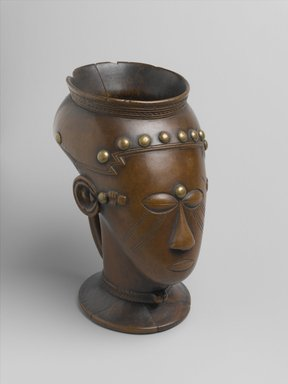 Kuba. <em>Palm Wine Cup (Mbwoongntey)</em>, 19th century. Wood, copper alloy, 6 3/4 x 4 x 5 1/8 in. (17.1 x 10.2 x 13 cm). Brooklyn Museum, Museum Expedition 1922, Robert B. Woodward Memorial Fund, 22.1487. Creative Commons-BY (Photo: Brooklyn Museum, 22.1487_PS2.jpg)