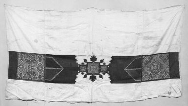 <em>Embroidered Curtain Border</em>. Linen Brooklyn Museum, Museum Expedition 1922, Robert B. Woodward Memorial Fund, 22.1955.17. Creative Commons-BY (Photo: Brooklyn Museum, 22.1955.17_bw.jpg)