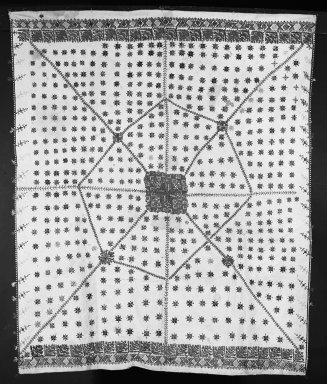 <em>Table Cloth, embroidered</em>. Cotton Brooklyn Museum, Museum Expedition 1922, Robert B. Woodward Memorial Fund, 22.1955.5. Creative Commons-BY (Photo: Brooklyn Museum, 22.1955.5_bw.jpg)
