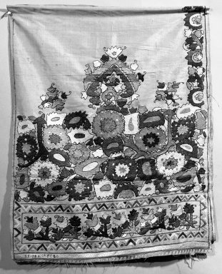 <em>Embroidered (curtain?) panel</em>. Silk on silk Brooklyn Museum, Museum Expedition 1922, Robert B. Woodward Memorial Fund, 22.1955.6. Creative Commons-BY (Photo: Brooklyn Museum, 22.1955.6_bw.jpg)
