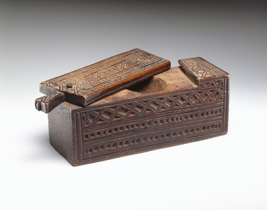 Swahili. <em>Box with Sliding Lid</em>, late 19th century. Wood, 3 1/2 x 10 1/2 x 2 3/4 in. (8.9 x 26.7 x 7 cm). Brooklyn Museum, Museum Expedition 1922, Robert B. Woodward Memorial Fund, 22.810. Creative Commons-BY (Photo: , 22.810_SL3.jpg)