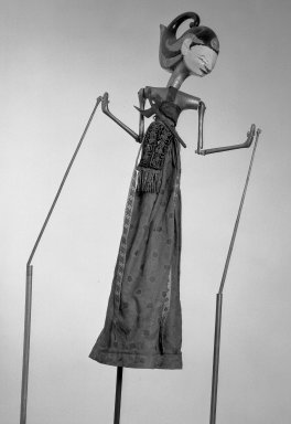 <em>Shadow Play Figure (Wayang golek)</em>. Wood, pigment, cloth, fiber, 9 7/16 × 25 9/16 in. (24 × 65 cm). Brooklyn Museum, Gift of Frederic B. Pratt, 23.251. Creative Commons-BY (Photo: Brooklyn Museum, 23.251_acetate_bw.jpg)