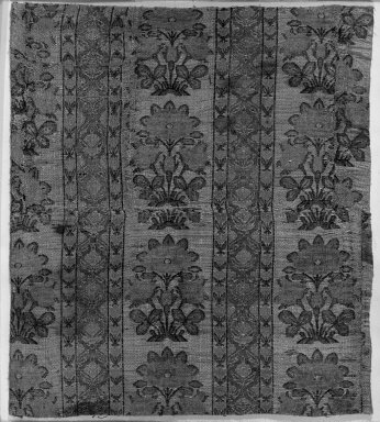 <em>Two pieces of Brocade</em>, 17th-18th century. Silk, cotton, metal threads, 18 3/16 x 18 3/16in. (46.2 x 46.2cm). Brooklyn Museum, 25.14. Creative Commons-BY (Photo: Brooklyn Museum, 25.14_acetate_bw.jpg)