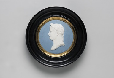 <em>Plaque</em>, ca. 1790. Hard paste porcelain, Medallion: 3 1/4 in. (8.3 cm). Brooklyn Museum, Bequest of Dr. Marion Reilly, 29.178. Creative Commons-BY (Photo: Brooklyn Museum, 29.178_PS11.jpg)