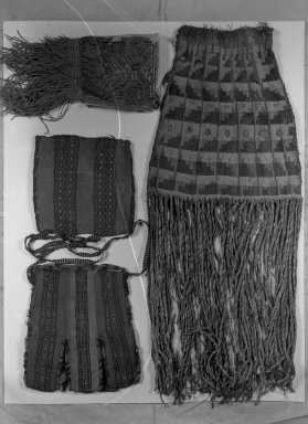 Nazca. <em>Bag</em>, 200-600 or 1000-1400 (?). Cotton, camelid fiber, 23 5/8 x 10 1/4in. (60 x 26cm). Brooklyn Museum, Museum Collection Fund, 30.1192. Creative Commons-BY (Photo: Brooklyn Museum, 30.1192_acetate_bw.jpg)