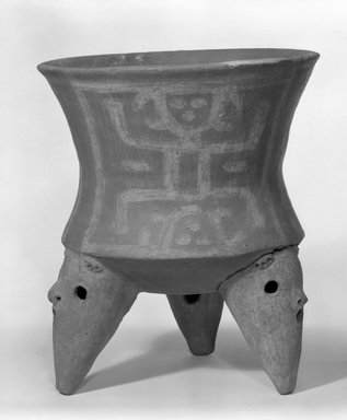 <em>Tripod Bowl</em>, 800-1500. Ceramic, pigment, 14 3/16 x 11 15/16 x 11 7/8 in. (36 x 30.3 x 30.2 cm). Brooklyn Museum, Gift of Mrs. Minor C. Keith in memory of her husband, 31.1082. Creative Commons-BY (Photo: Brooklyn Museum, 31.1082_bw.jpg)