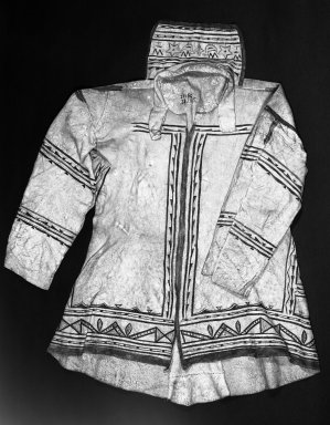 Naskapi. <em>Women's Garment</em>, early 20th century. Caribou hide, pigment, 36 1/4 x 52 1/16 in.  (92.0 x 132.3 cm). Brooklyn Museum, Museum Expedtion 1931, Museum Collection Fund, 31.1995. Creative Commons-BY (Photo: Brooklyn Museum, 31.1995_view2_acetate_bw.jpg)