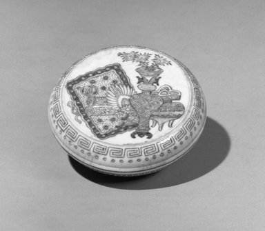 <em>Seal Ink Box with Low Foot</em>, 19th-20th century. Porcelain, blue underglaze, 1 1/8 x 2 11/16 in. (2.8 x 6.8 cm). Brooklyn Museum, Gift of the executors of the Estate of Colonel Michael Friedsam, 32.1004a-b. Creative Commons-BY (Photo: Brooklyn Museum, 32.1004a-b_acetate_bw.jpg)