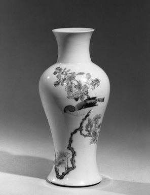 <em>Guanyin Wine Vessel (Zun)</em>, 1662-1772. Porcelain with overglaze enamels (wucai) decoration, 9 3/8 x 4 3/8 in. (23.8 x 11.1 cm). Brooklyn Museum, Gift of the executors of the Estate of Colonel Michael Friedsam, 32.1092. Creative Commons-BY (Photo: Brooklyn Museum, 32.1092_acetate_bw.jpg)