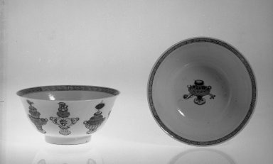<em>Pair of Bowls</em>, 1662-1772. Porcelain with overglaze enamel (wucai) design, Each: 3 5/8 x 7 15/16 in. (9.2 x 20.2 cm). Brooklyn Museum, Gift of the executors of the Estate of Colonel Michael Friedsam, 32.1123.1-.2. Creative Commons-BY (Photo: Brooklyn Museum, 32.1123.1_32.1123.2_bw.jpg)