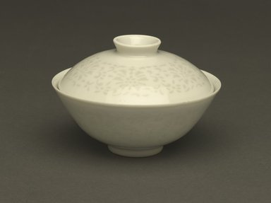 "<em>Bowl and Cover</em>, 1736-1795. ""Linglong"" exquisite porcelain with translucent white glaze, 3 x 4 5/16 in. (7.6 x 11 cm). Brooklyn Museum, Gift of the executors of the Estate of Colonel Michael Friedsam, 32.1178a-b. Creative Commons-BY (Photo: Brooklyn Museum, 32.1178a-b_PS6.jpg)"