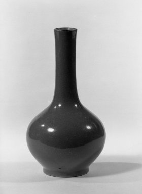 <em>Vase</em>, 18th-19th century. Porcelain with monochrome glaze, 5 7/8 x 3 1/8 in. (15 x 8 cm). Brooklyn Museum, Gift of the executors of the Estate of Colonel Michael Friedsam, 32.1218. Creative Commons-BY (Photo: Brooklyn Museum, 32.1218_acetate_bw.jpg)