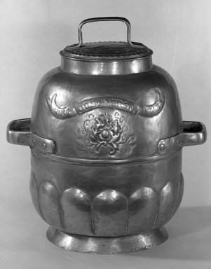<em>Milk Can with Two Handles</em>, 18th century., Height (including cover): 14 1/2 in. (36.8 cm). Brooklyn Museum, Bequest of Margaret S. Bedell, 32.359. Creative Commons-BY (Photo: Brooklyn Museum, 32.359_acetate_bw.jpg)
