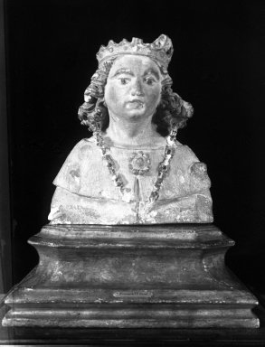 Unknown. <em>Bust of a King</em>, 14th or 15th century. Polychrome stone, 8 x 8 x 4 in. (20.3 x 20.3 x 10.2 cm). Brooklyn Museum, Gift of the executors of the Estate of Colonel Michael Friedsam, 32.666. Creative Commons-BY (Photo: Brooklyn Museum, 32.666_glass_bw.jpg)