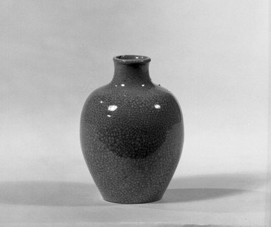 <em>Miniature Vase</em>, 18th-early 19th century. Porcelain, 2 9/16 x 2 3/16 in. (6.5 x 5.5 cm). Brooklyn Museum, Gift of the executors of the Estate of Colonel Michael Friedsam, 32.894. Creative Commons-BY (Photo: Brooklyn Museum, 32.894_acetate_bw.jpg)