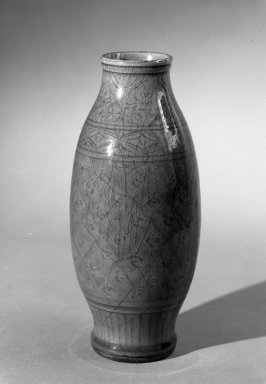 <em>Vase</em>, 1368-1644. High-fired green-ware (celadon), H: 9 7/8 in. (25.1 cm). Brooklyn Museum, Gift of the executors of the Estate of Colonel Michael Friedsam, 32.912. Creative Commons-BY (Photo: Brooklyn Museum, 32.912_bw.jpg)