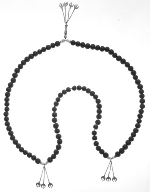 <em>Bridal Necklace with Crescent Pendants (Rosary)</em>, 19th century. Gilded copper, pearls, and tinted seeds, 29 1/2 in. (74.9 cm). Brooklyn Museum, Gift of Mrs. Lyman Underwood, 33.174. Creative Commons-BY (Photo: Brooklyn Museum, 33.174_bw.jpg)