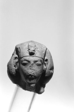 <em>Shawabti Head with Lined Face</em>, ca. 1352-1336 B.C.E. Limestone, 2 1/4 × 1 7/8 × 1 3/4 in., 0.5 lb. (5.7 × 4.8 × 4.4 cm, 0.23kg). Brooklyn Museum, Charles Edwin Wilbour Fund, 33.54. Creative Commons-BY (Photo: Brooklyn Museum, 33.54_front_bw.jpg)