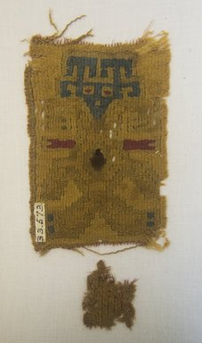 Nazca-Wari. <em>Textile Fragment, undetermined</em>, 200-1000. Cotton, camelid fiber, 3 15/16 x 5 1/2 in. (10 x 14 cm). Brooklyn Museum, A. Augustus Healy Fund, 33.573. Creative Commons-BY (Photo: Brooklyn Museum, 33.573_front_PS5.jpg)