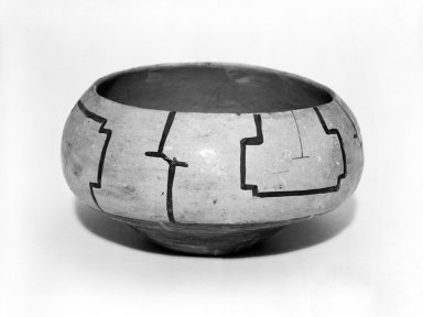 Conibo. <em>Small Pottery Bowl</em>. Ceramic Brooklyn Museum, Museum Expedition 1933, Purchased with funds given by Jesse Metcalf, 33.595. Creative Commons-BY (Photo: Brooklyn Museum, 33.595_bw.jpg)