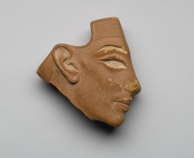 <em>Inlay Profile Head</em>, ca. 1353-1336 B.C.E. Red quartzite, pigment, 4 5/8 x 4 7/16 x 1 11/16 in. (11.8 x 11.2 x 4.3 cm). Brooklyn Museum, Gift of the Egypt Exploration Society, 33.685. Creative Commons-BY (Photo: Brooklyn Museum, 33.685_PS2.jpg)