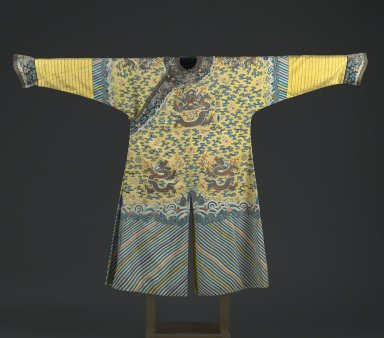 <em>Emperor's Robe with Buttons</em>, early 19th century. Silk kesa with silk embroidery and brass buttons, armpit to armpit: 26 3/8 x 55 1/2 in. (67 x 141 cm). Brooklyn Museum, Brooklyn Museum Collection, 34.1475. Creative Commons-BY (Photo: Brooklyn Museum, 34.1475_front_PS6.jpg)