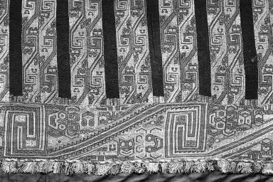 "Paracas Necropolis ""linear"". <em>Mantle, Fragment or Mantle</em>, 100 B.C.E.-600 C.E. Camelid fiber, 126 x 51 9/16 in.  (320.0 x 131 cm). Brooklyn Museum, Alfred W. Jenkins Fund, 34.1552. Creative Commons-BY (Photo: Brooklyn Museum, 34.1552_detail_acetate_bw.jpg)"