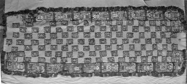 Proto-Nazca. <em>Mantle, Small or Mantle?</em>, 100-600 C.E. Cotton, camelid fiber, 53 15/16 x 20 1/2 in.  (137.0 x 52.0 cm). Brooklyn Museum, Alfred W. Jenkins Fund, 34.1585. Creative Commons-BY (Photo: Brooklyn Museum, 34.1585_acetate_bw.jpg)