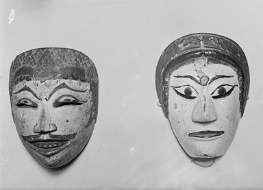 <em>Theatrical Mask</em>, 19th century. Wood, pigment, 5 1/4 x 7 1/2 in. (13.3 x 19.1 cm). Brooklyn Museum, Brooklyn Museum Collection, 34.37. Creative Commons-BY (Photo: , 34.37_34.38_glass_bw.jpg)