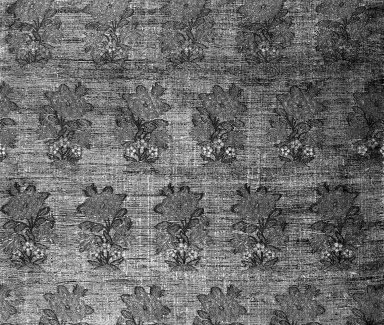 <em>Square Textile</em>, 17th century. Brocade, 13 1/4 x 13 9/16 in. (33.7 x 34.5 cm). Brooklyn Museum, Gift of Pratt Institute, 34.408. Creative Commons-BY (Photo: Brooklyn Museum, 34.408_detail1_acetate_bw.jpg)