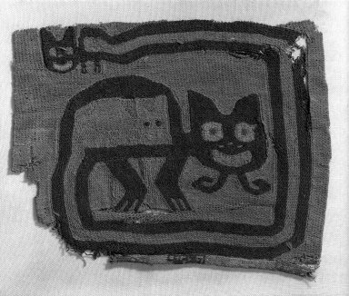 Proto-Nazca (curvilinear). <em>Textile Fragment, undetermined possible Border</em>, 200-600 C.E. Cotton, camelid fiber, 5 7/8 x 4 3/4in. (15 x 12cm). Brooklyn Museum, George C. Brackett Fund, 34.563.2. Creative Commons-BY (Photo: Brooklyn Museum, 34.563.2_acetate_bw.jpg)