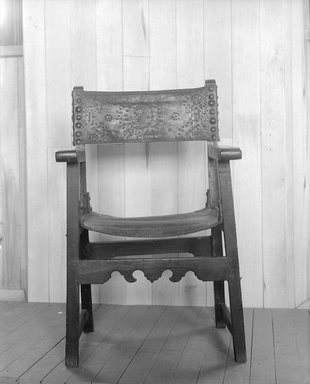 <em>Chair</em>, 16th century. Walnut, leather, 40 x 26 1/4 x 23 1/2 in. (101.6 x 66.7 x 59.7 cm). Brooklyn Museum, Gift of Mary Babbott Ladd, Lydia Babbott Stokes, and Frank L. Babbott, Jr. in memory of their father Frank L. Babbott, 34.846.4. Creative Commons-BY (Photo: , 34.846.1-.4_glass.jpg)