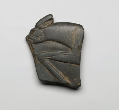 <em>Fragment of Palette</em>, ca. 3300-3100 B.C.E. Schist, 4 1/16 x 3 1/4 x 1/2 in. (10.3 x 8.3 x 1.3 cm). Brooklyn Museum, Charles Edwin Wilbour Fund, 35.1272. Creative Commons-BY (Photo: Brooklyn Museum, 35.1272_front_PS2.jpg)