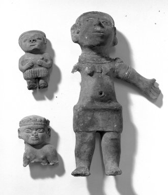 <em>Standing Female Figure</em>. Clay Brooklyn Museum, Museum Expedition 1938, Dick S. Ramsay Fund, 39.307. Creative Commons-BY (Photo: , 35.1665_39.307_39.324_acetate_bw.jpg)